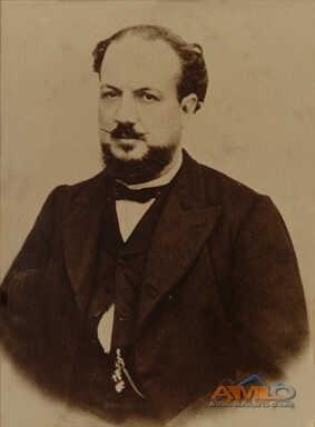 10 - Antonio Díaz Flores