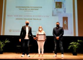 Araceli Salazar, Andrea Alonso y José Manuel Martín, ganadores del XXVIII Maratón Fotográfico Villa de La Orotava